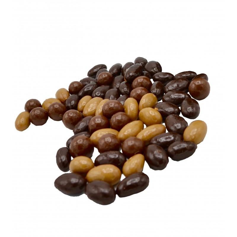 Enrobé amande et noisette en chocolat lait / noir et zéphyr